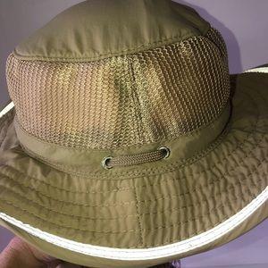 Dorfman Pacific Co. breathable tan fishing hat